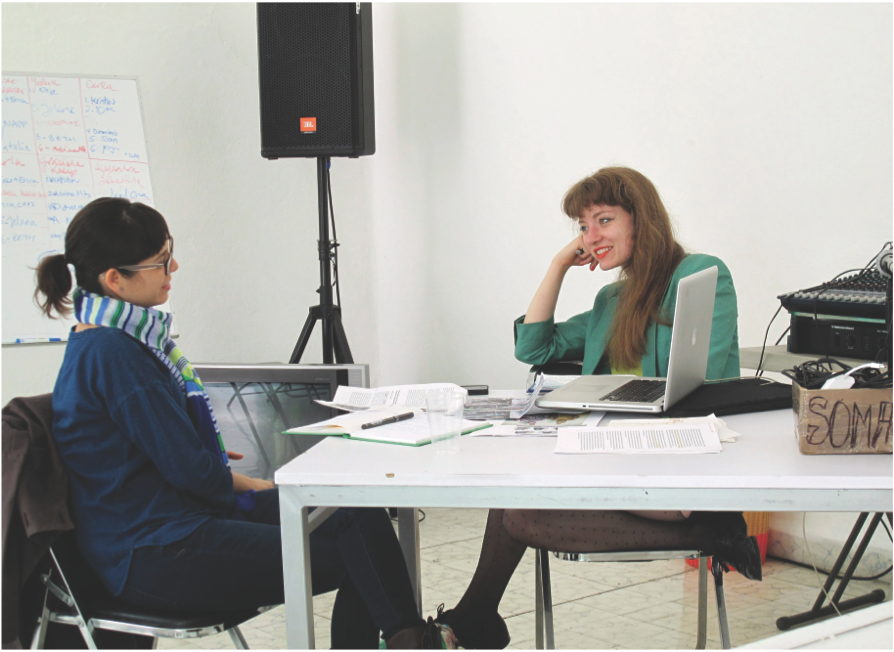 An individual critique with Paola Santoscoy and Kristin Reger (from the SOMA Summer Program). Courtesy of SOMA.